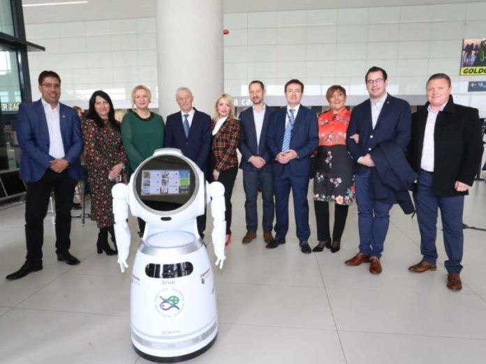 Humanoidni robot Viktorija