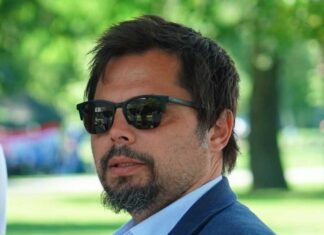 Tomislav Uroda iCat