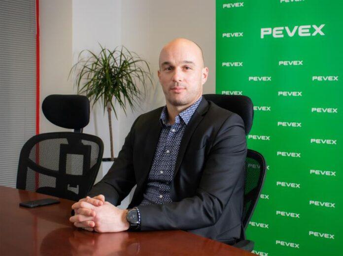 Ivan Jukić_Pevex